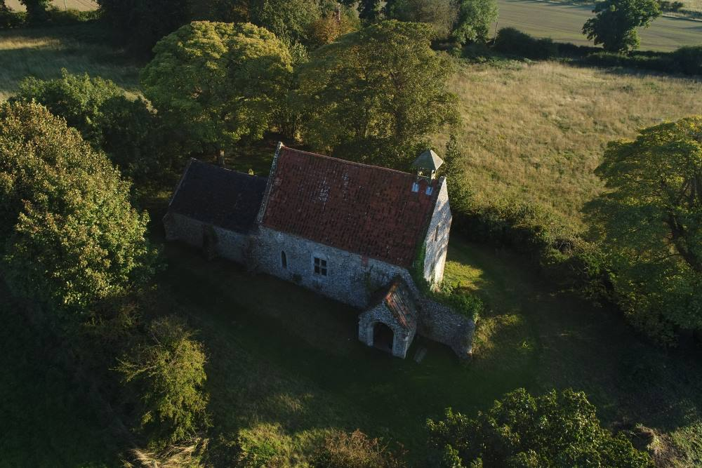 Aerial photo Waterden Church  © David McArthur